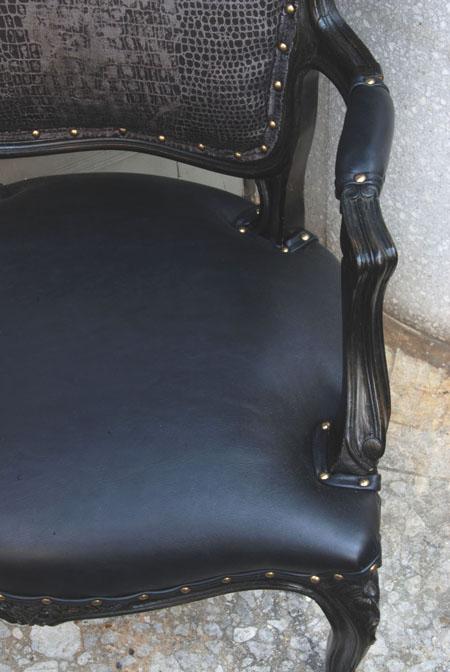 armchairブログ01.jpg