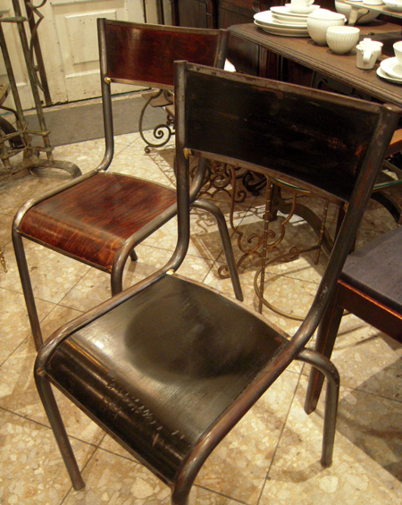 school chair122.JPG